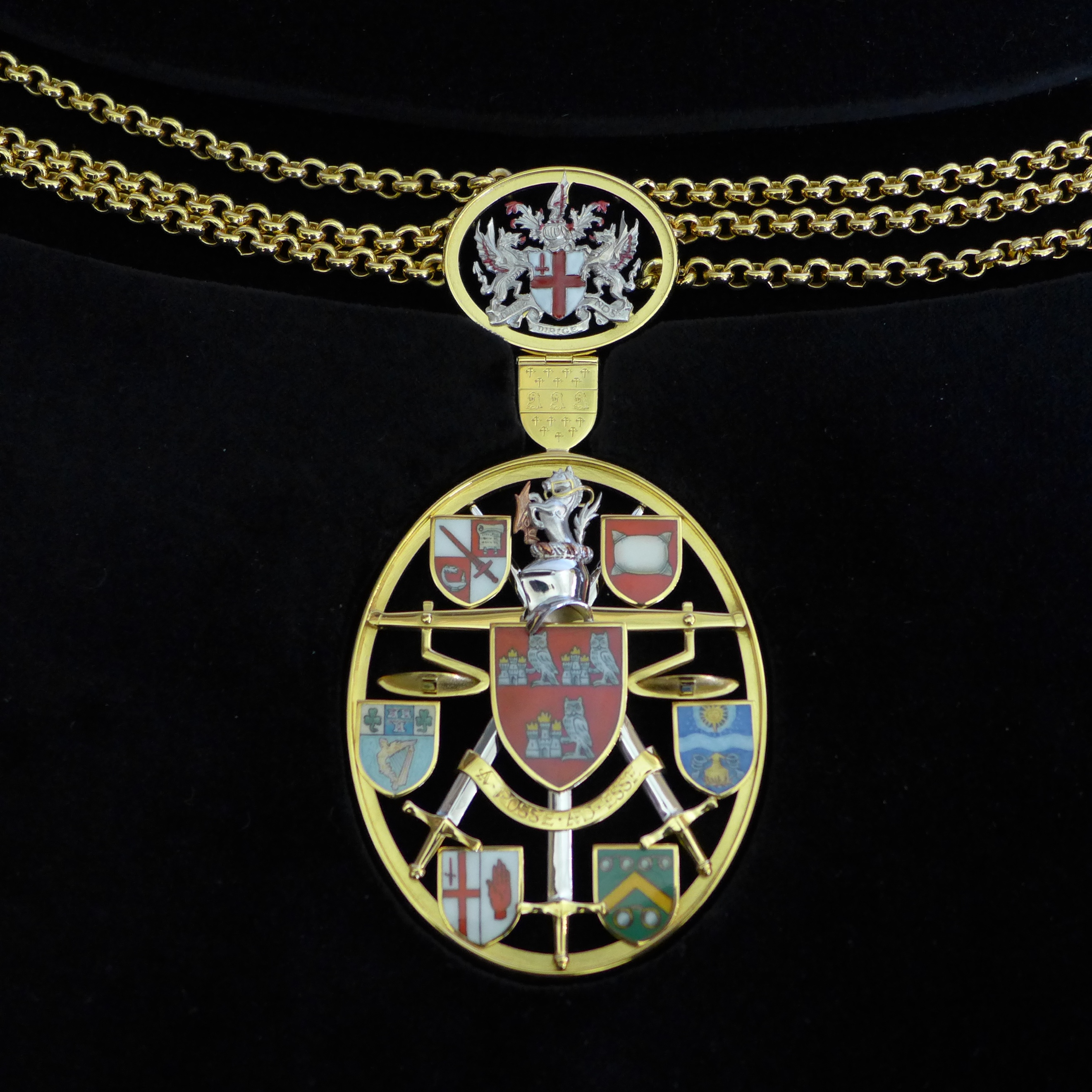 Shrieval chain